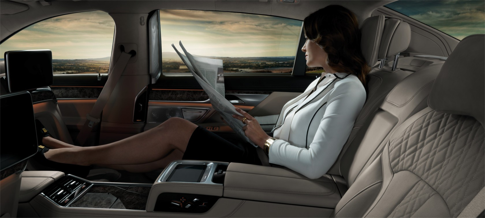 Innovative comfort and entertainment functions ensure a supreme level of relaxed travelling pleasure.
