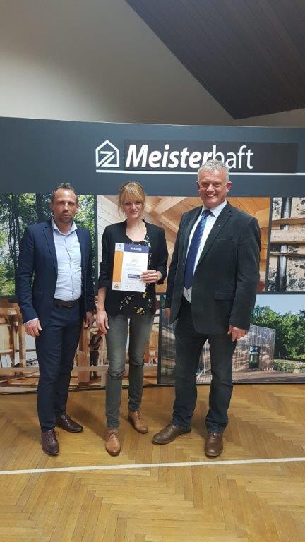 Von Links Umweltminister Thorsten Glauber, Marion Kögel, Gerhard Kögel