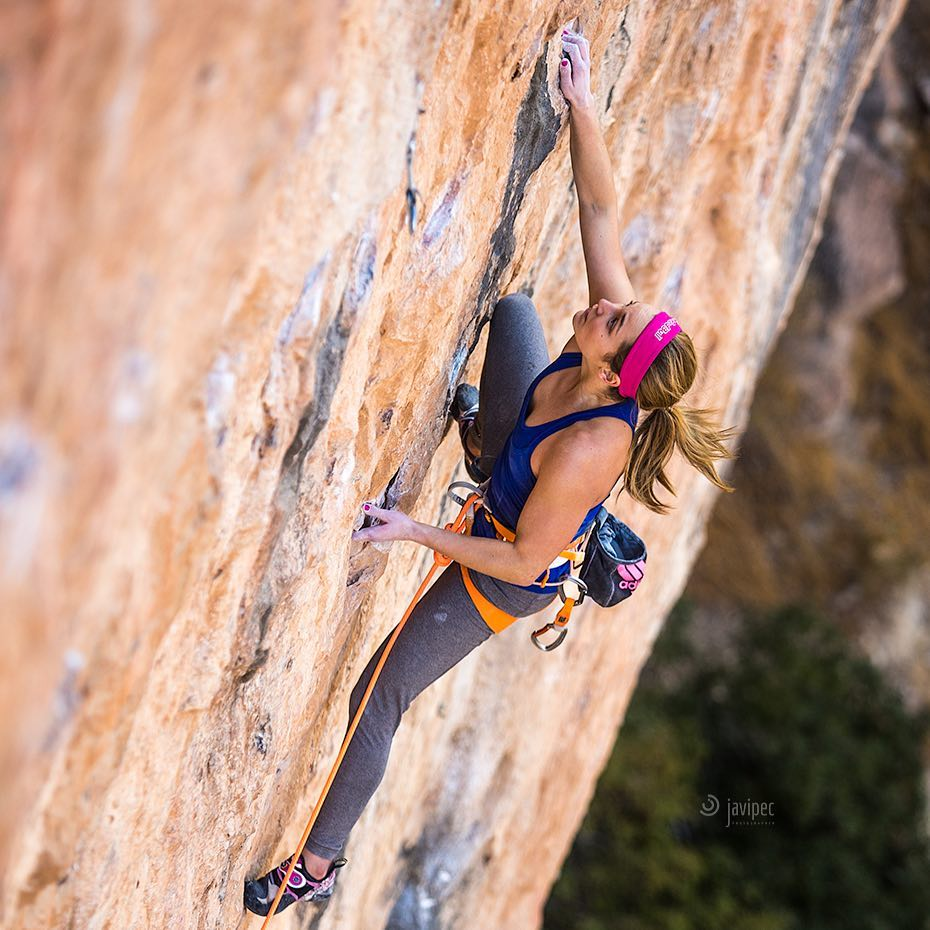 Sasha DiGiulian climbing in Chulilla, Spain. Photo: Javi Pec.