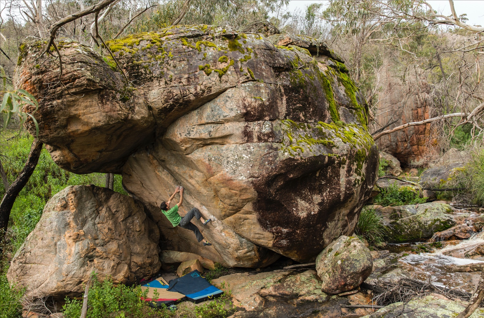 Paul Robinson on The Anvil (V12/8A+) in The Grampians