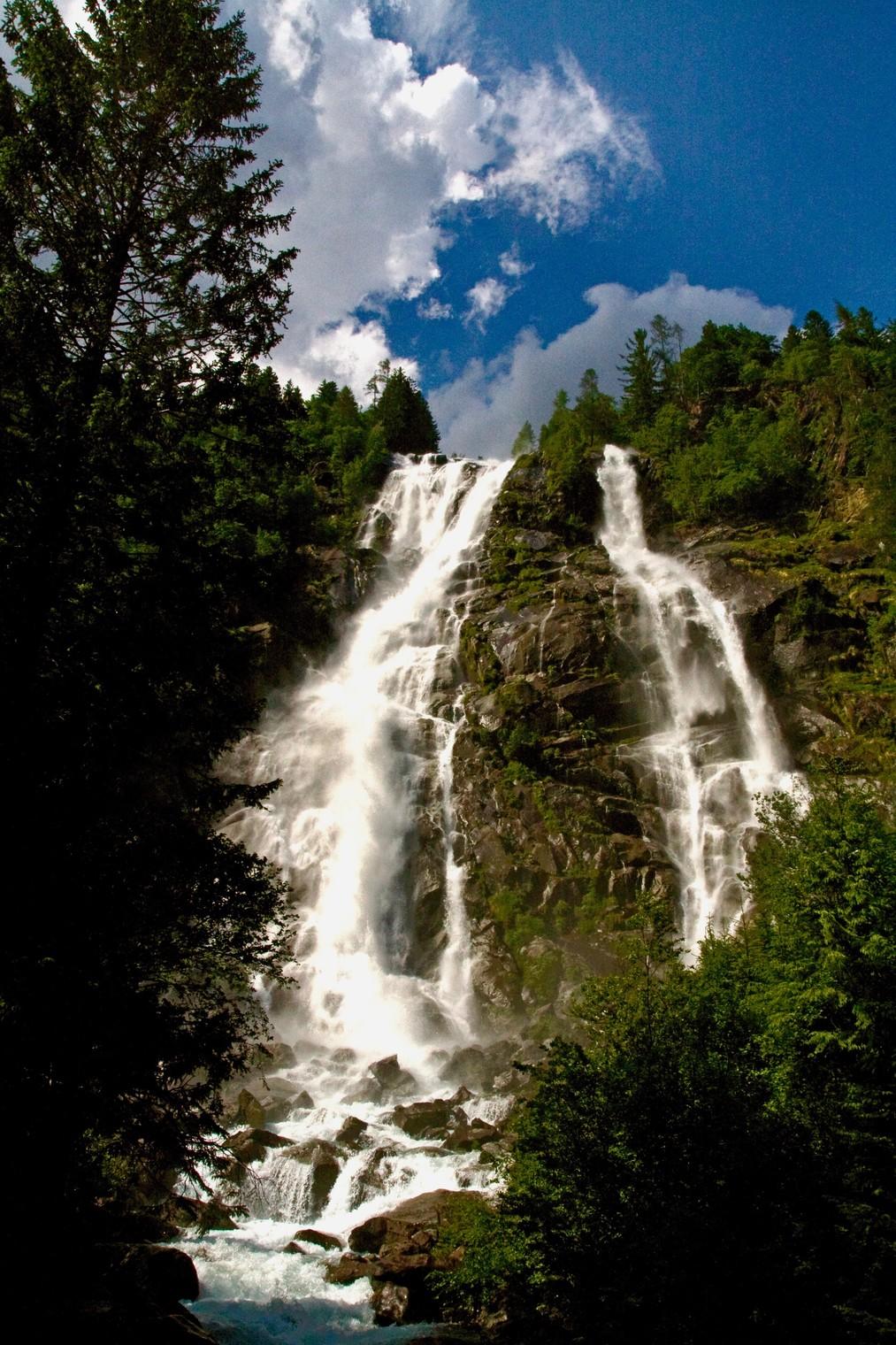 Waterfalls in  Lares .