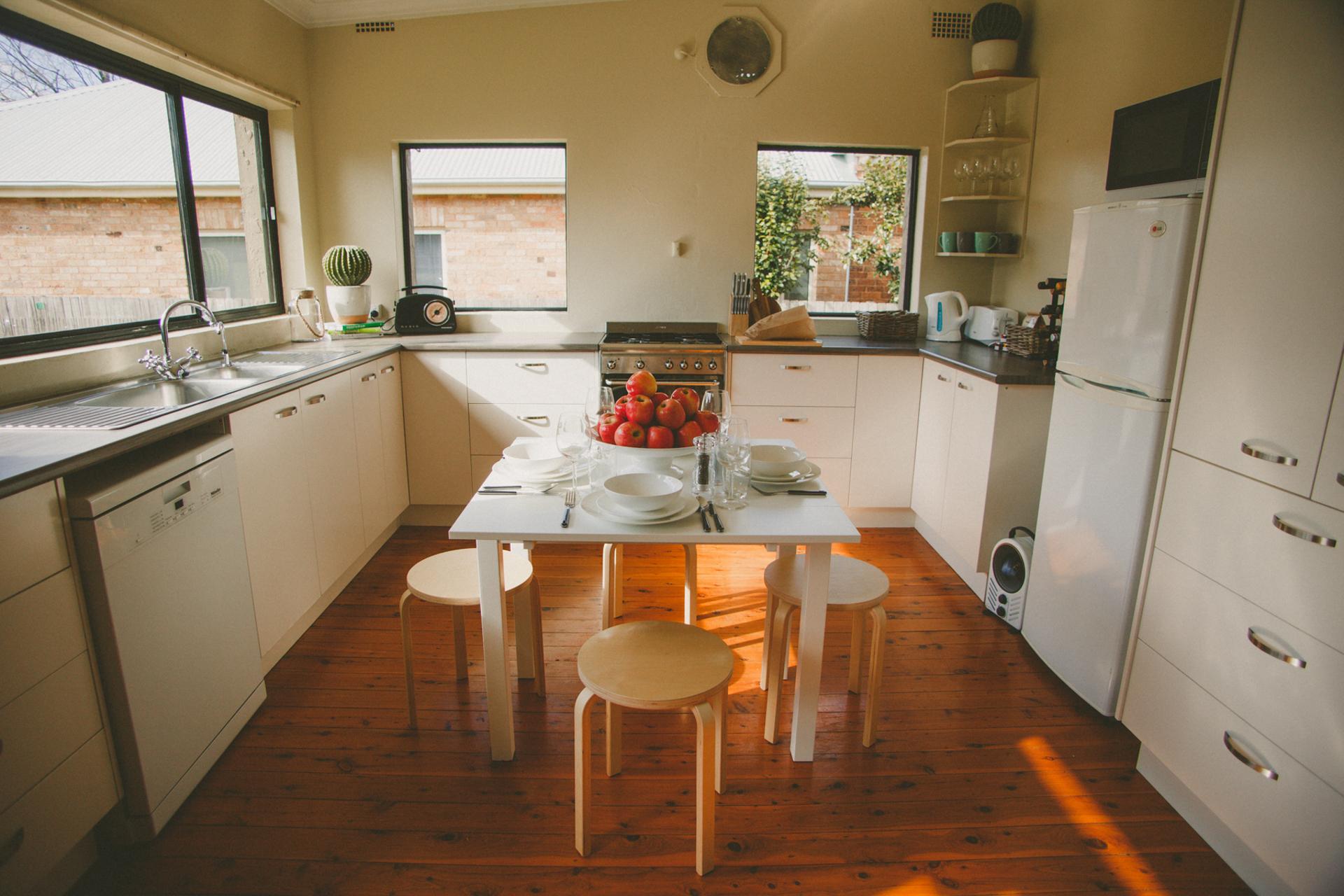Apple Cottage-35.jpg
