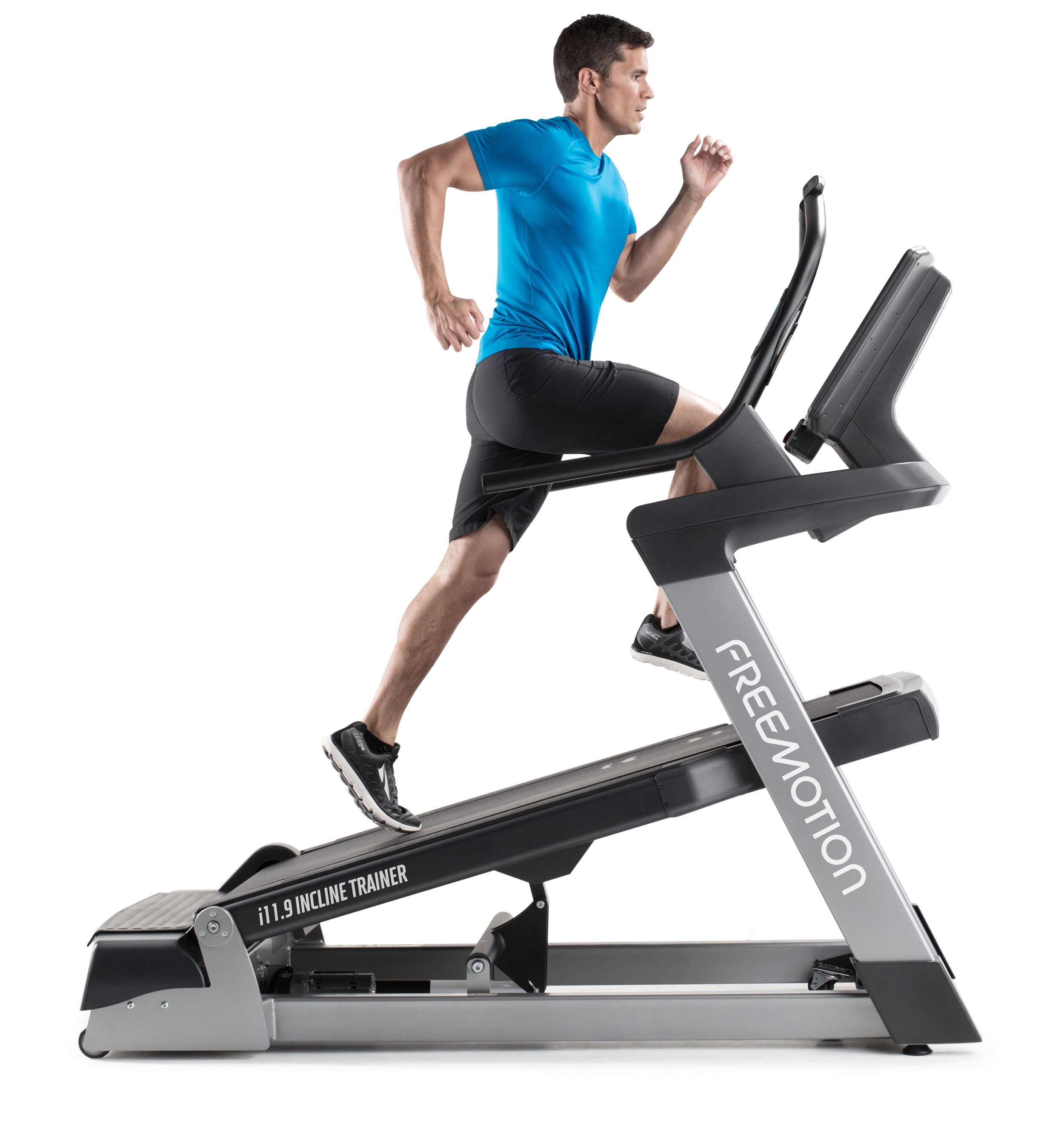 i11.9 incline trainer 20170652.jpg