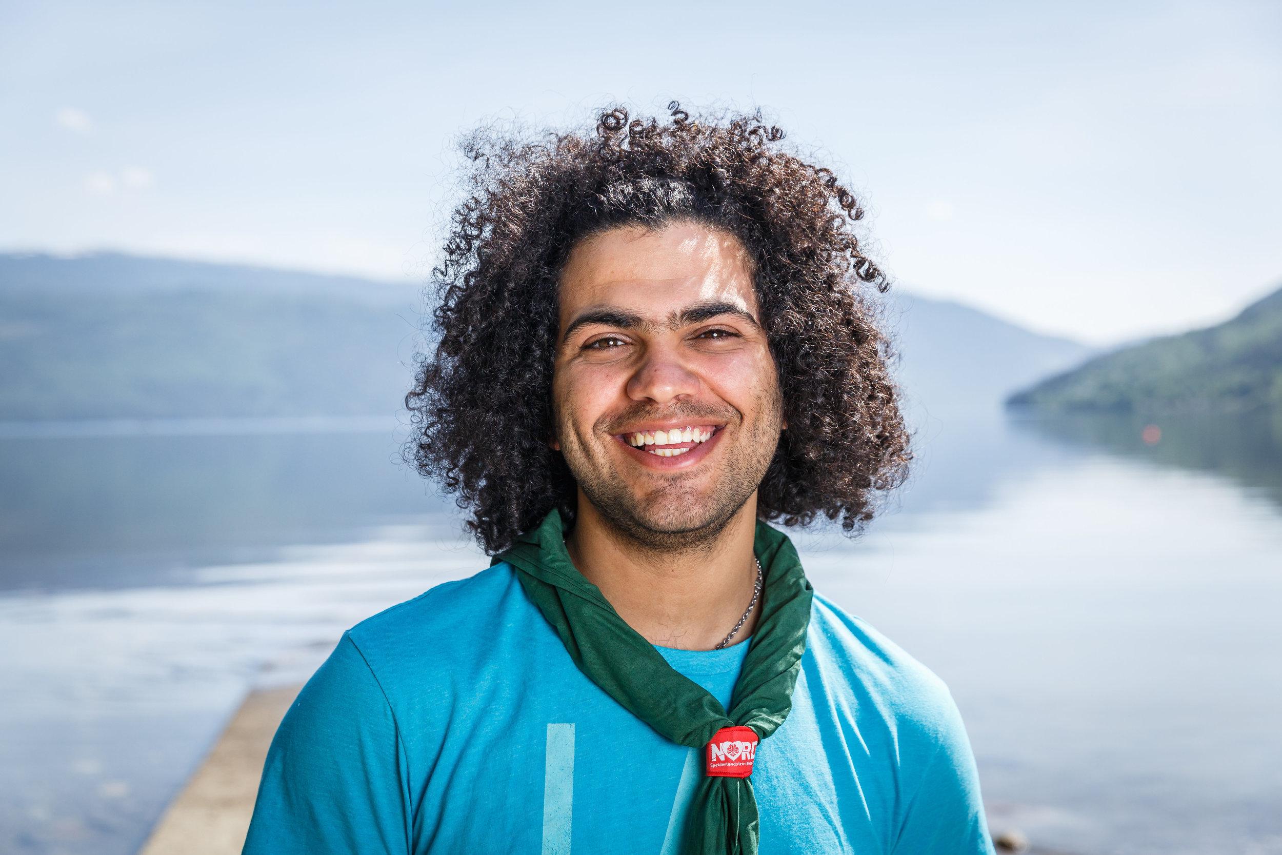 Mohamad er speiderleder i Rjukan speidergruppe. Foto: Alexander Vestrum.