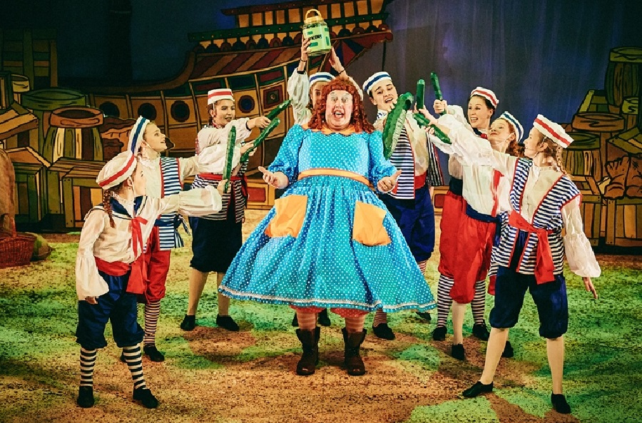 Dick-Whittington-Production_Mark-Dawson-Photography_DSC_9037_smaller-1.jpg