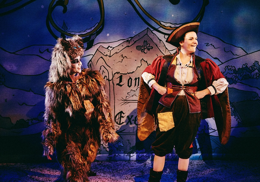 Dick-Whittington-Production_Mark-Dawson-Photography_DSC_9326_smaller.jpg