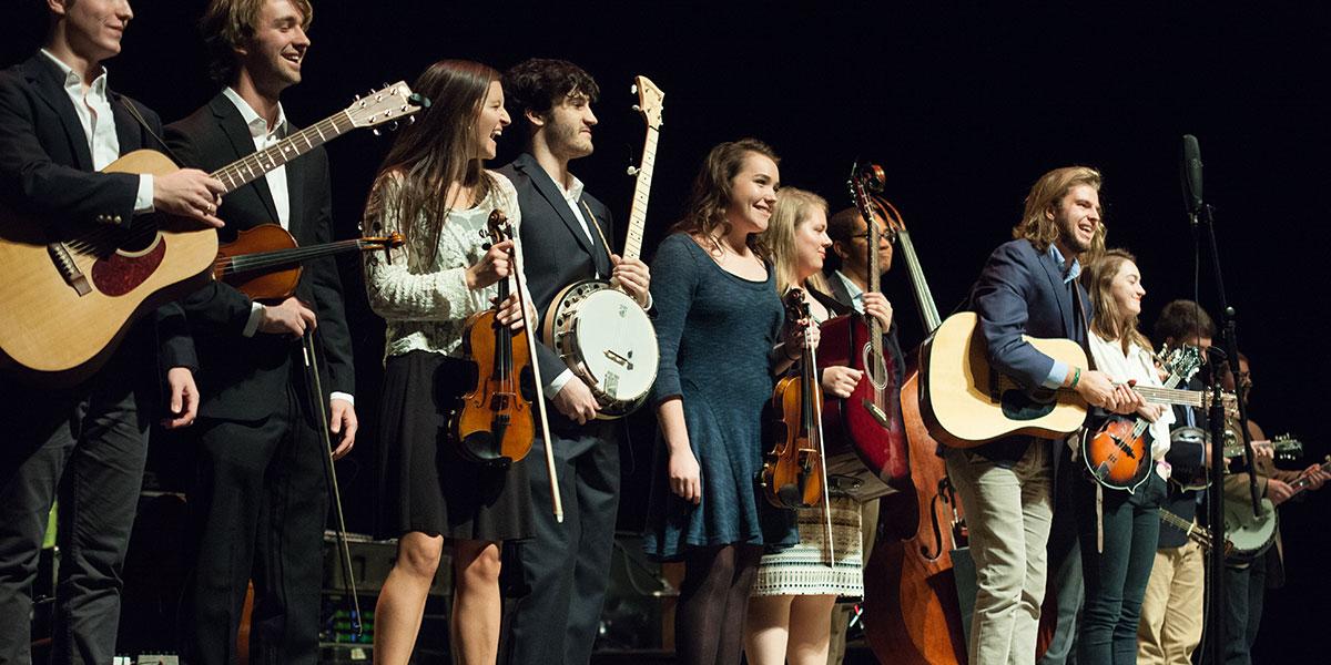 Carolina Bluegrass Band - Featuring acoustic guitar, banjo, fiddle, mandolin, dobro, bass, and vocals.