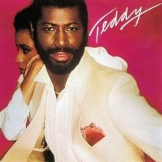 Happy birthday Teddy Pendergrass!  He started as a drummer for Harold Melvin & the Blue Notes before taking the lead singer role and eventually breaking out on his own to create a long list of hits, including 'When Somebody Loves You Back', 'Come Go With Me' and 'Turn Off The Lights'  Check the linkin.bio for his essentials!  #happybirthday #socialsoundtracks #charlotteweddingdj #ashevilleweddingdj #raleighweddingdj #tsop #teddyp