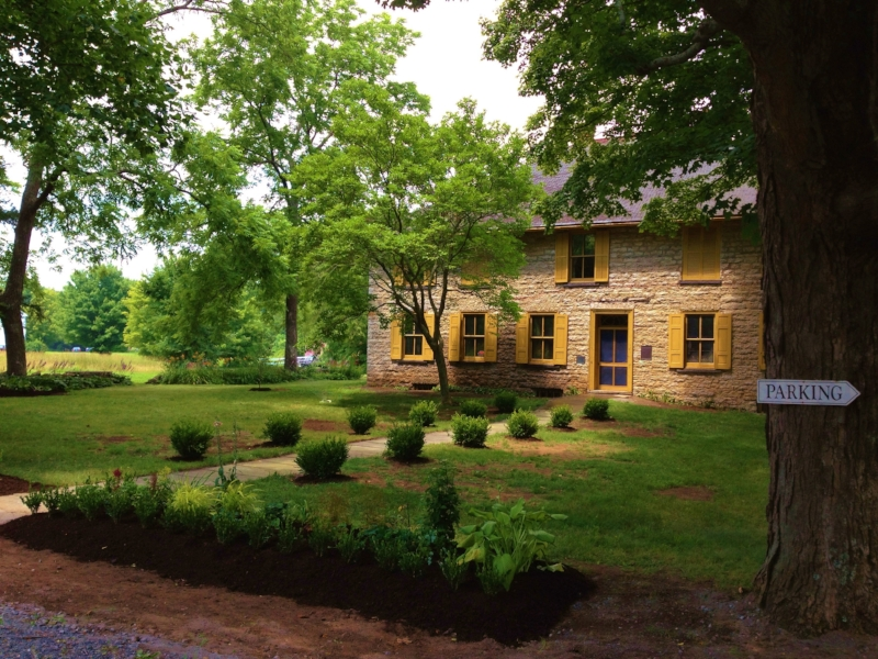 Ulster County Historical SocietyBevier House - Showcasing beautiful gardens in front of the house freshlymulched with Dynamulch.After Photo