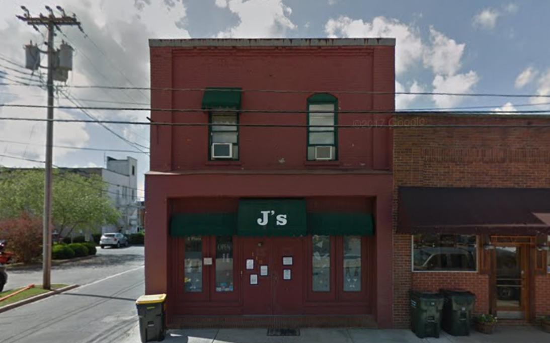 J'S NIGHT CLUB - BAR AND CLUB110 W Blount St • Kinston, NC 28501(252) 522-9703