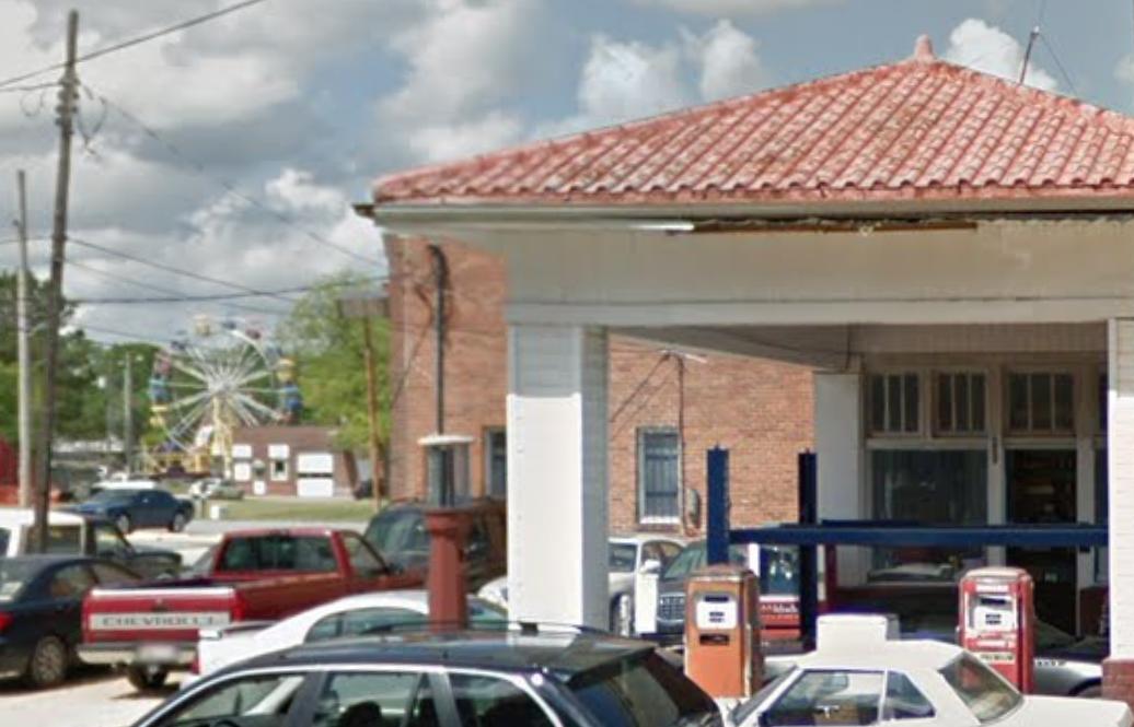 RICKY'S EXXON & MUFFLER SERVICES - AUTO SHOP400 N Herritage St •Kinston, NC 28501(252) 523-6997