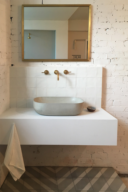 Bert & May Bathroom suite display