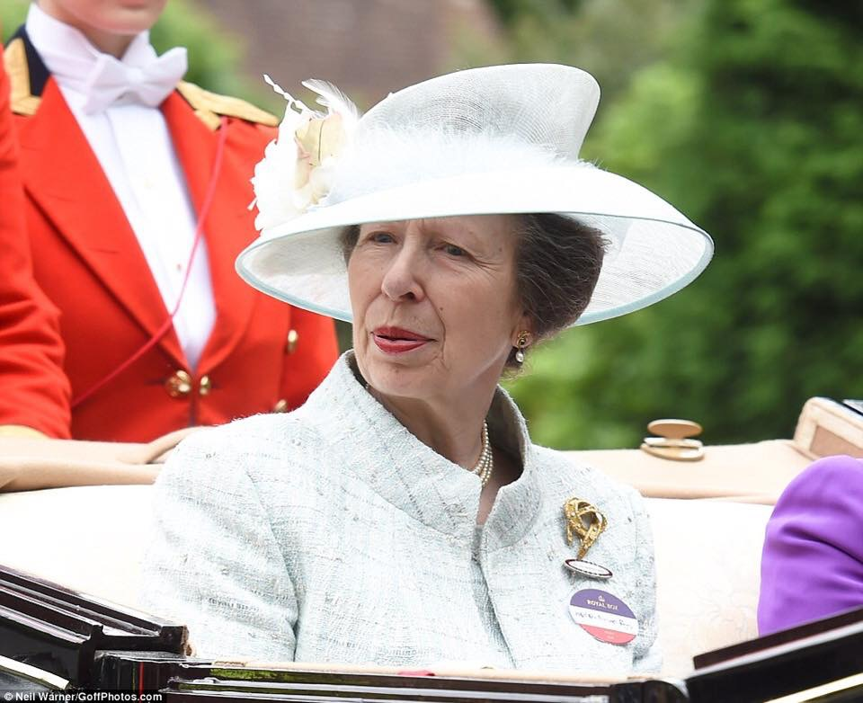 The Princess Royal arriving by carriage in the Royal procession