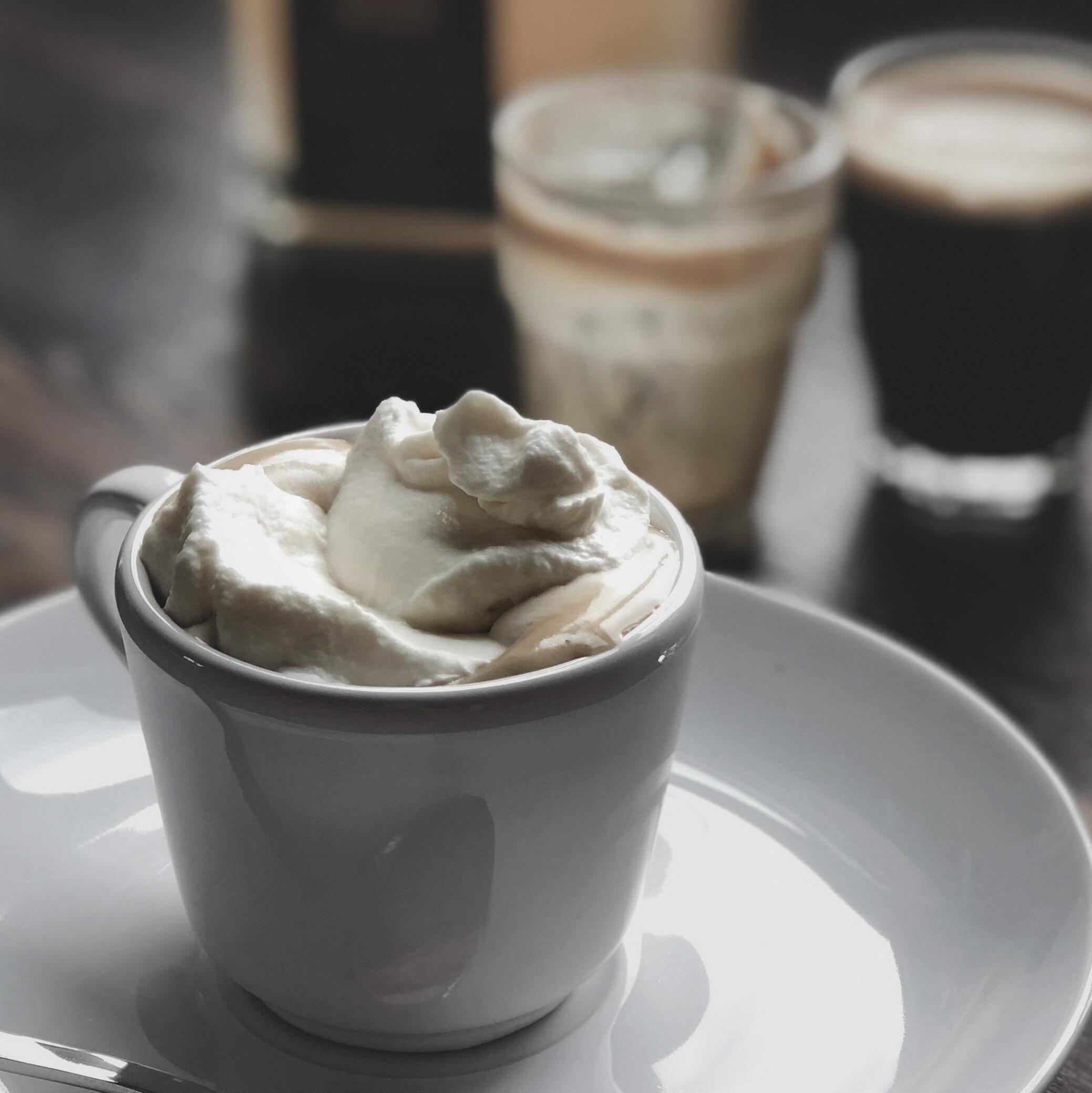 Espresso con Panna_Mangrove_dark.jpg