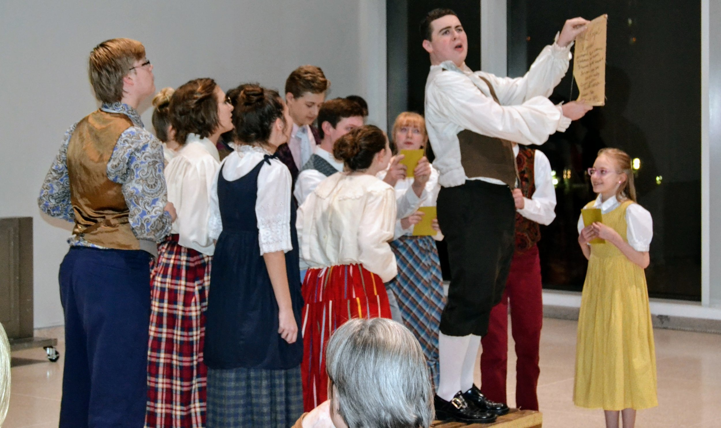 The Knoxville Children's Theatre performs Scene from Cinderella
