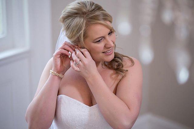 Katy seriously made such a stunning bride! We had so much fun creating gorgeous bridal portraits at @separkmansion and almost forgot that we were stuck inside due to rain! . . . . . #bridalportraits #bridetobe #bridalsession #charlotteweddingphotographer #northcarolinaweddingphotographer #amandamossphotography #charlottebride #bride #bridestyle #thatbokehtho #bridalhair #bridalmakeup #weddingdress #separkmansion #bridalprep #prettygirlsrock #fiance #prettyandsmart #mrandmrscathcart #follow #northcarolinabride #springwedding