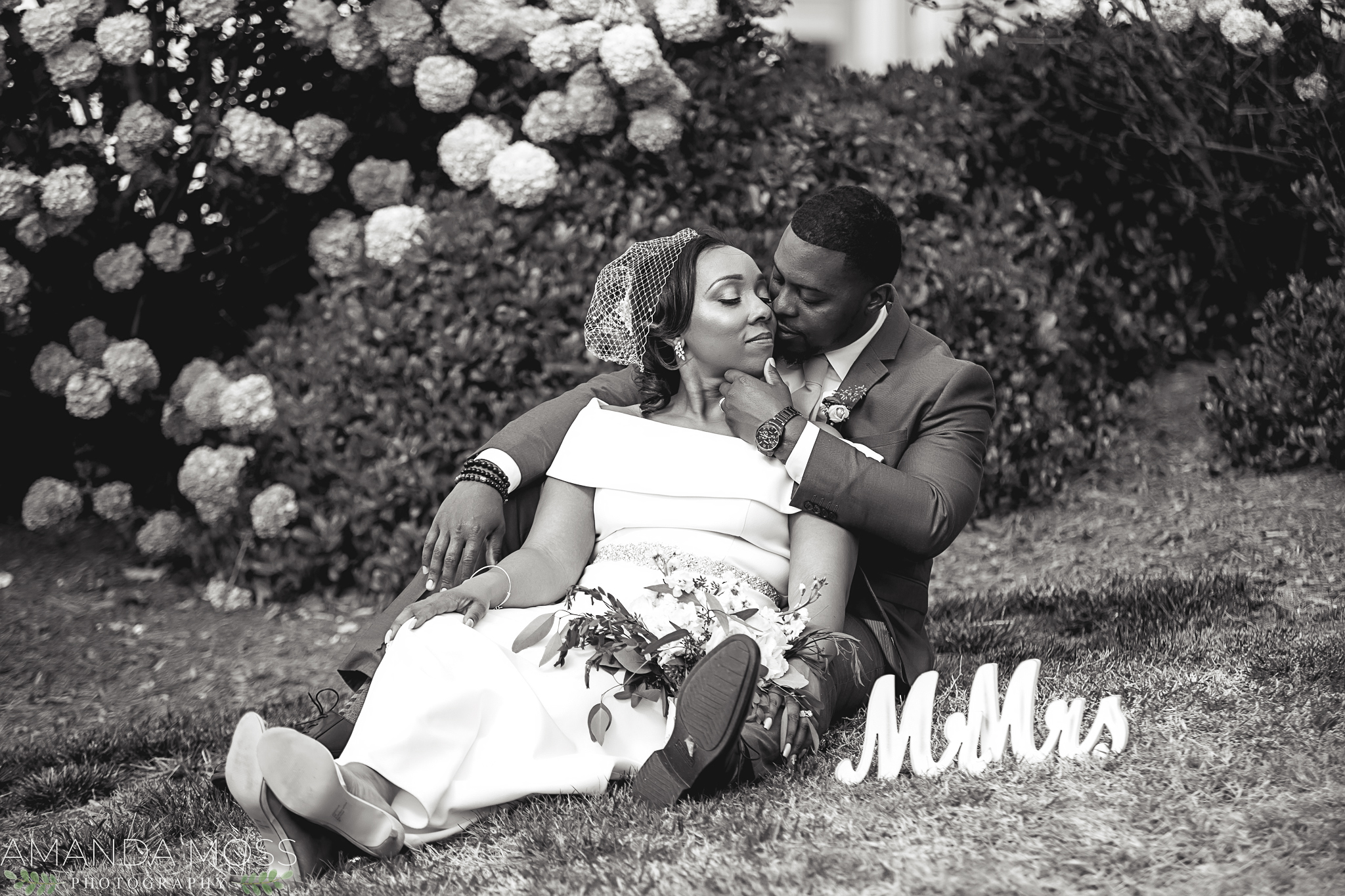 charlotte north carolina wedding photographer intimate elopement midtown park