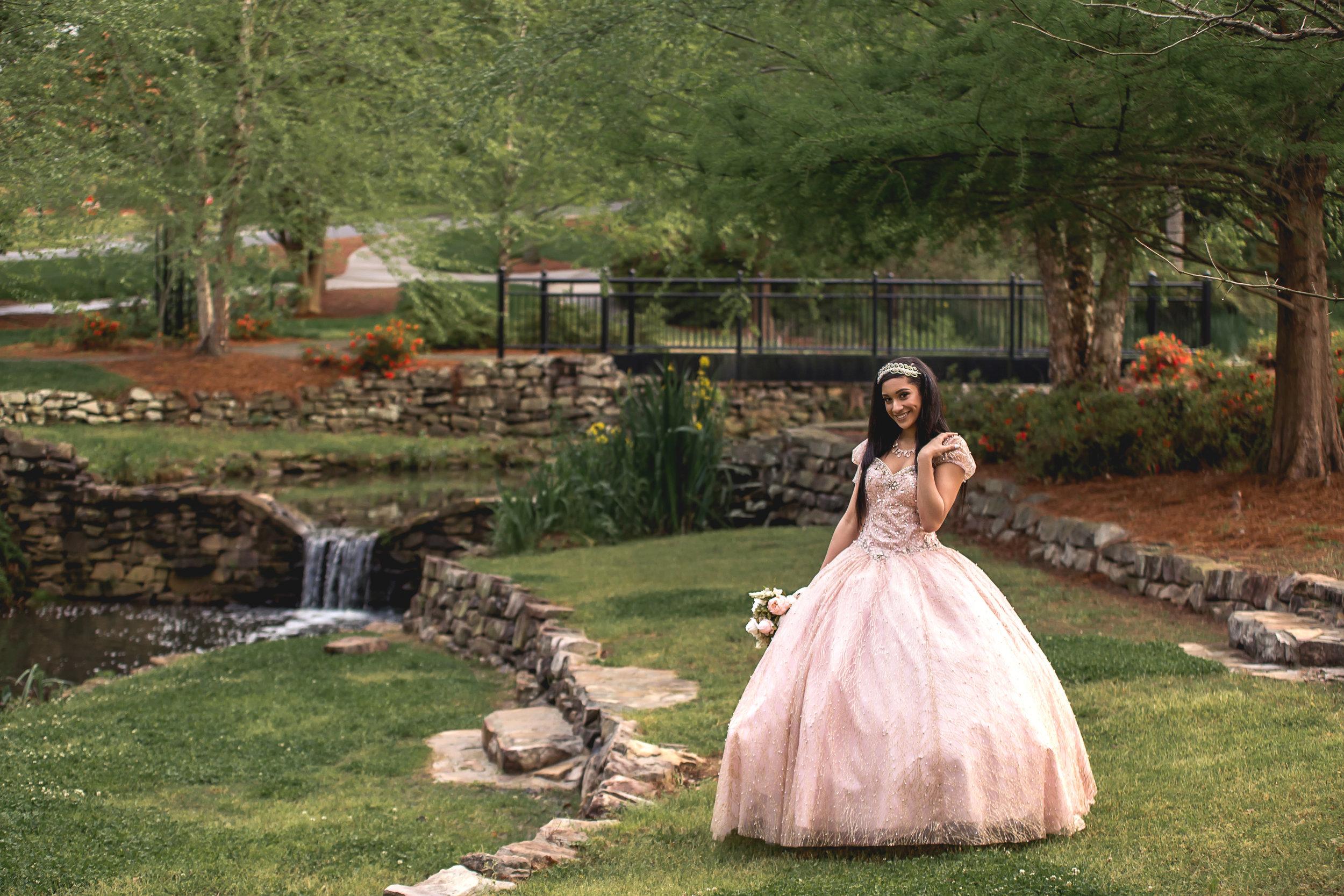charlotte north carolina portrait photographer quinceanera glencairn gardens rock hill