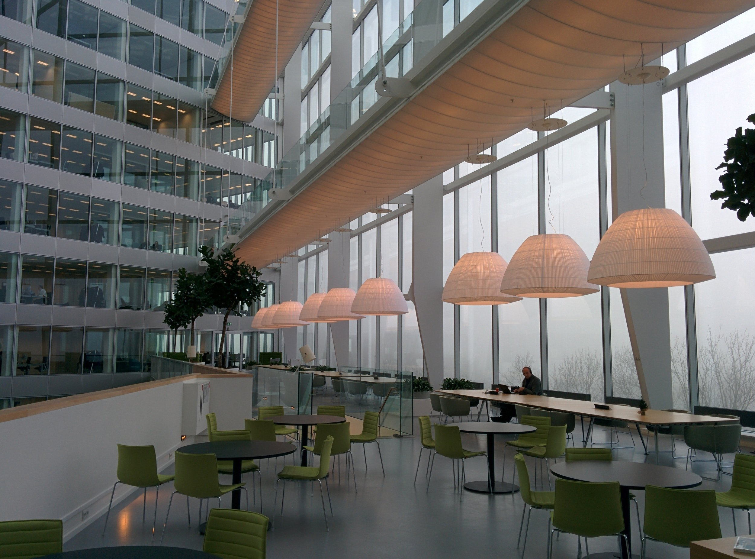 architecture-building-business-260931.jpg