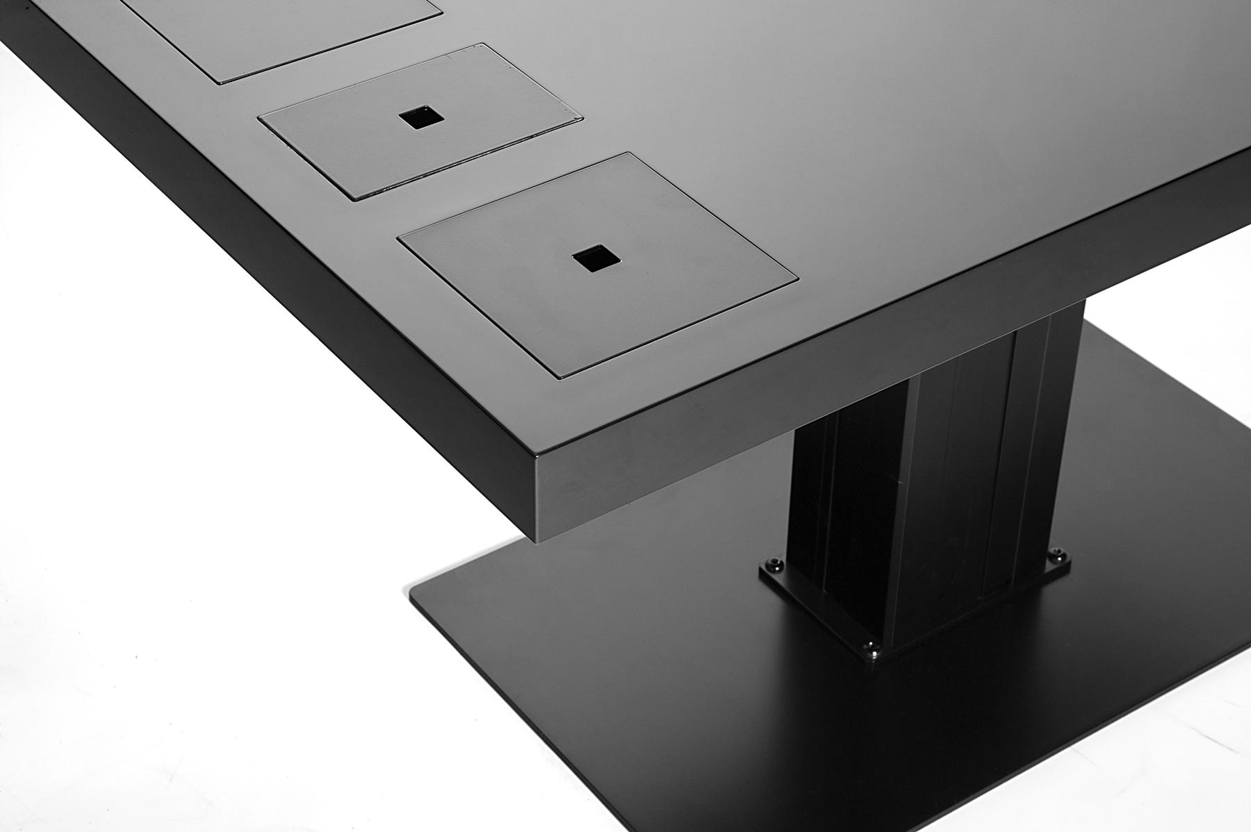 SorenRoseStudio_Little_milk_table_black.jpg