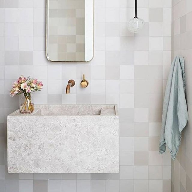 Tile Talk: We are chatting about the differences between Porcelain vs. Ceramic tile today on the blog ~ do you know the difference?! Image via @pinterest + @mydomaine (pls tag source if known)