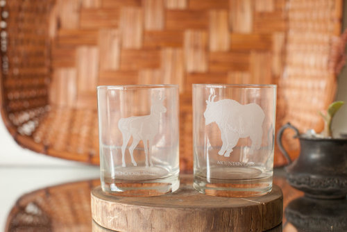 SET OF 2 BAR GLASSES // $8
