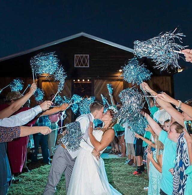 In honor of Super Bowl Sunday, how cute is this exit ♡ . 📸@darianreillyphotography . . . . .  #boglefarms #boglefarmsweddings #thatsdarling  #engaged #loveauthentic #chasinglight  #weddingseason #elopement  #theknot #realweddings #brideandgroom #weddingchicks #shesaidyes #loveintentionally #weddingdetails  #featuremeoncewed #destinationwedding  #discoveratl #atlantacollective #weddingvenue #georgiaweddingvenues #georgiaweddings #southernweddings #pompoms #sundayfunday #superbowlsunday