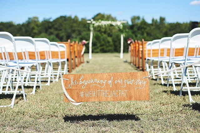 It's the little things... . 📸| @thereason_chrisallie . . .  #boglefarmweddings #tiptuesday #southernweddings #weddingdetails #thatsdarling #engaged #loveauthentic #chasinglight #bohowedding #weddingseason #elopement #ftwotw #smpweddings #theknot #realweddings #brideandgroom #weddingchicks #shesaidyes #loveintentionally #weddingdetails #vintagebride #risingtidesociety #featuremeoncewed #destinationwedding #elopementphotographer #bohobride  #weloveatl #discoveratl #atlantacollective