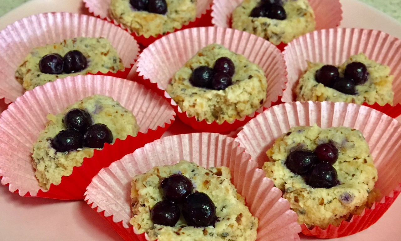 Crunchy Coconut Thumbprints - A twist on the classic thumbprint cookie!