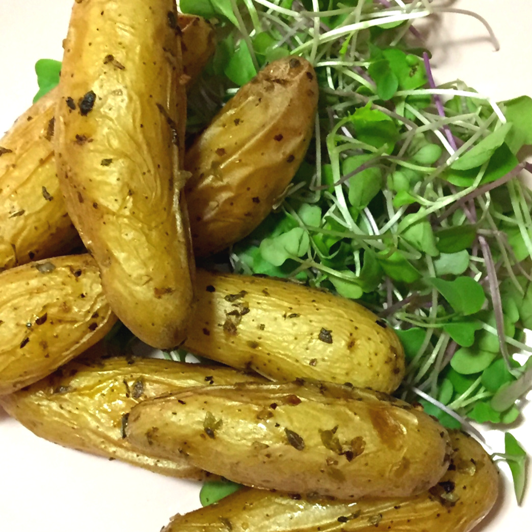 Roasted Fingerling Potatoes - A Little Side Dish Action!