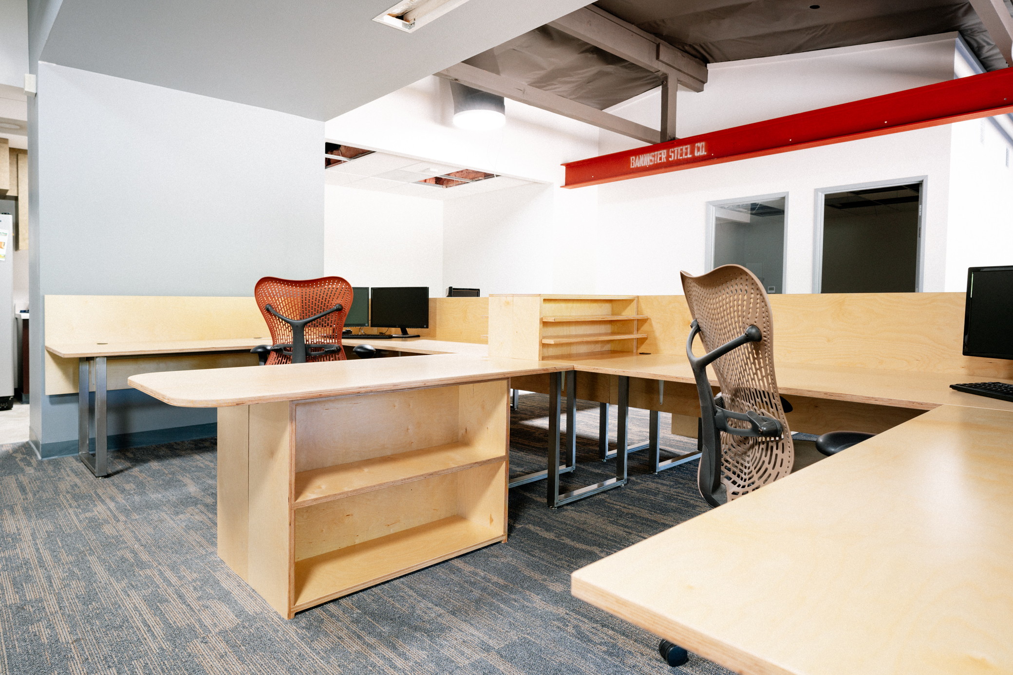 jka architecture - Owner:JKA ArchitectureJob:JKA New Office Furniture (Work Stations)Project Description: Furnish and install new custom made desktops/work stations with steel pipe legs and baltic birch plywood.