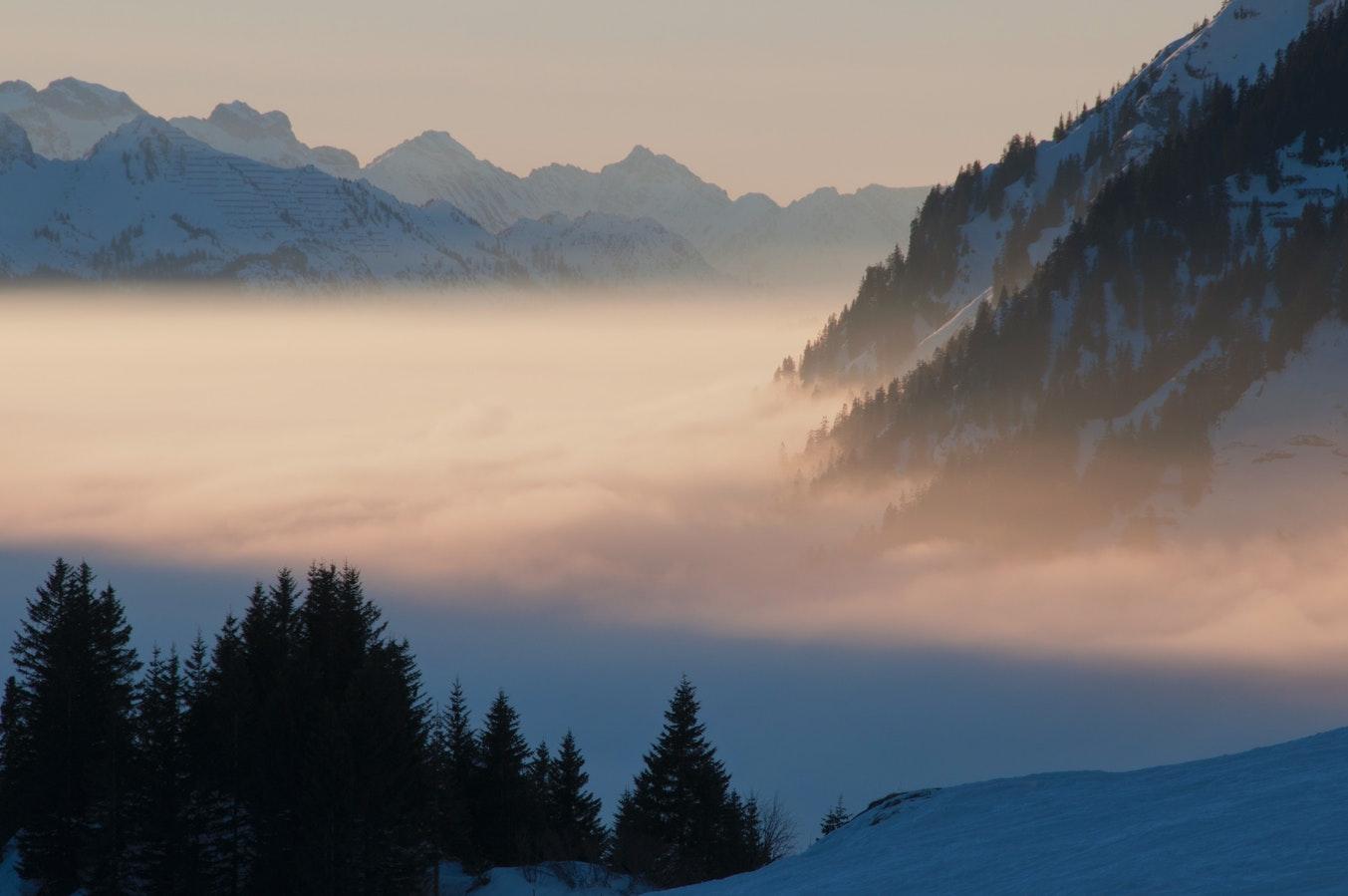 mountain cloud photo website.jpeg