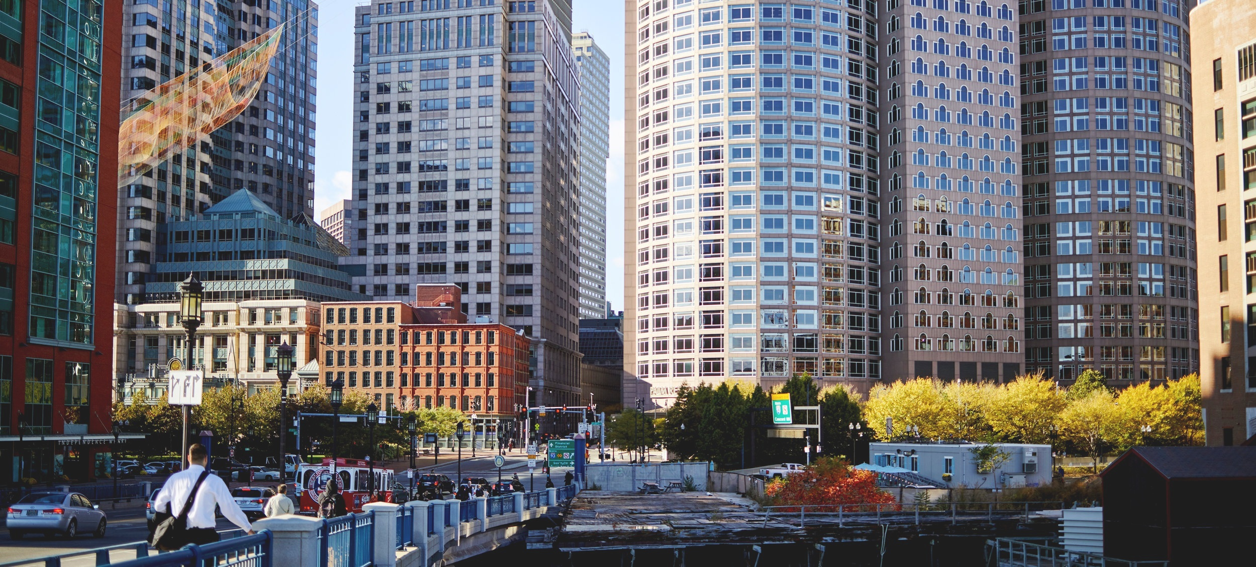 SEAPORT LIVING - Click Here to view Seaport and Fort Point Listings