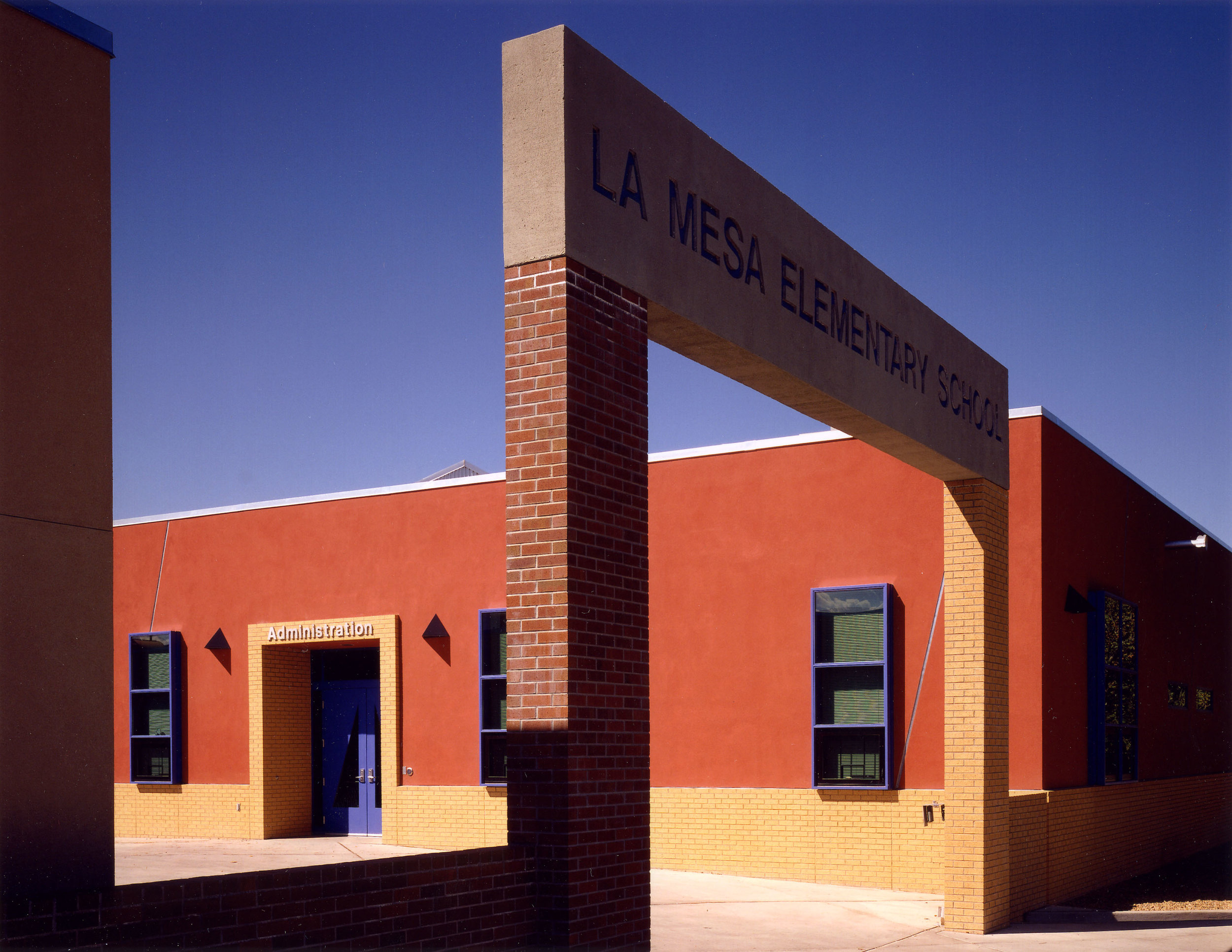La_Mesa_Elementary_School_01.jpg