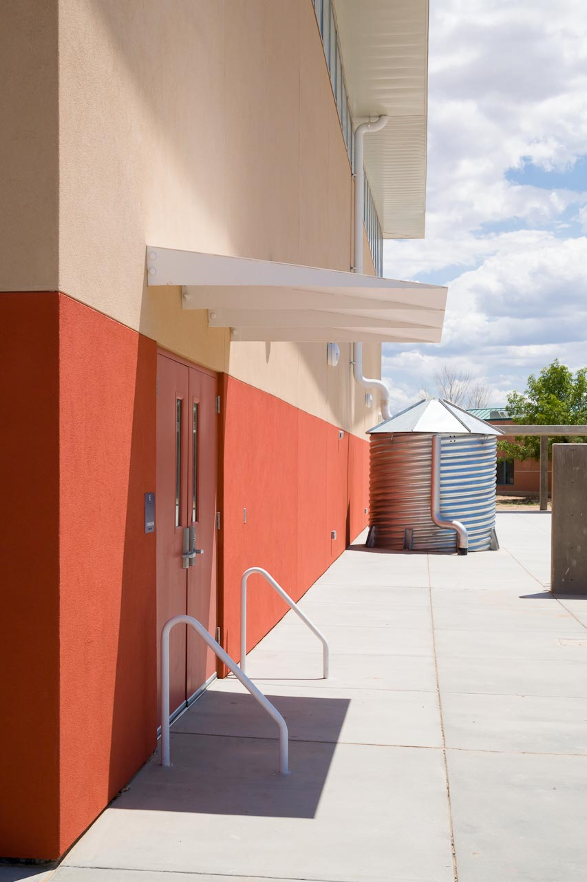 Turquoise_Trail_Charter_School_02.jpg
