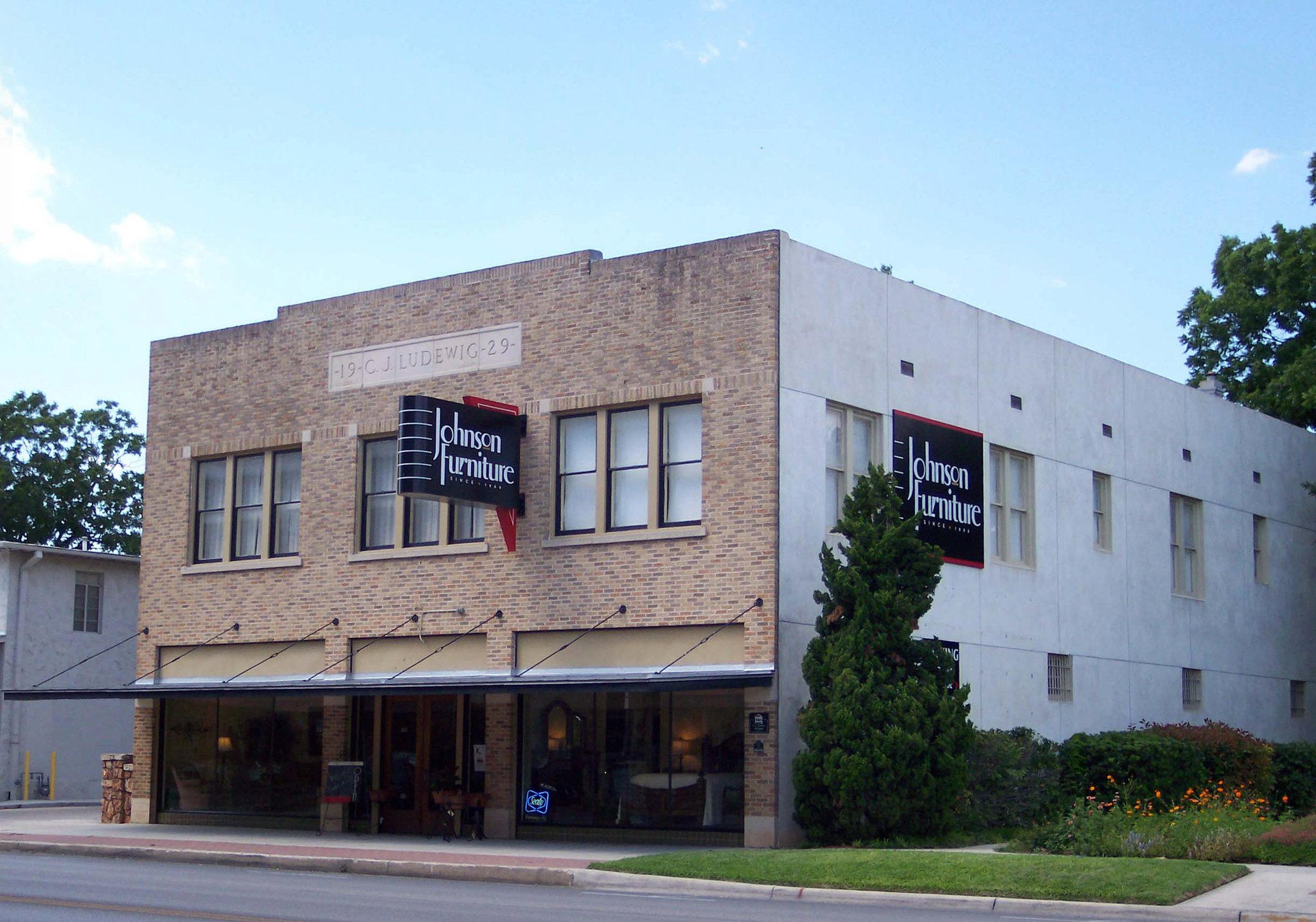 Our store, 2006