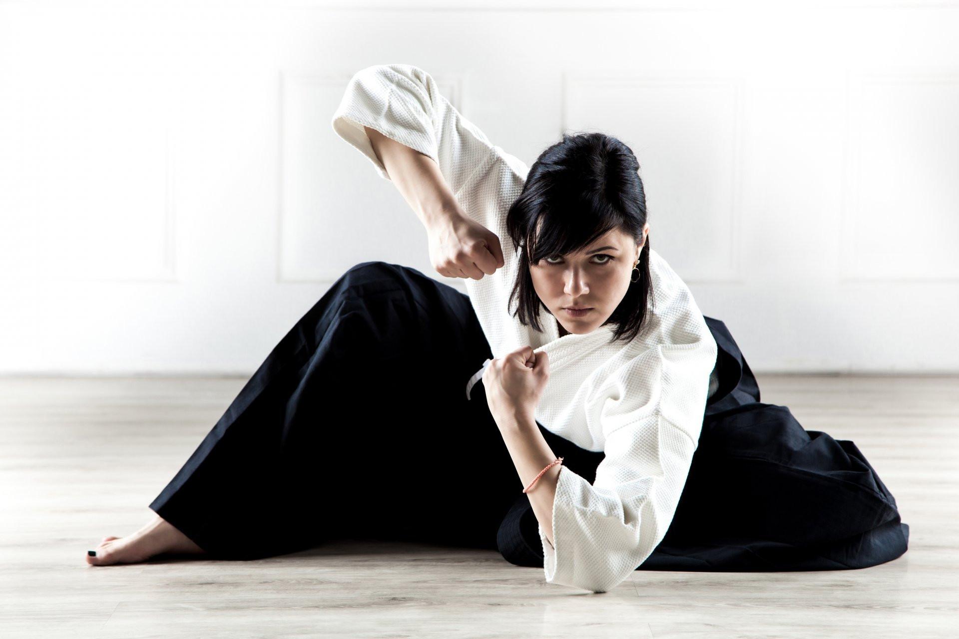 wallpaper.wiki-Aikido-Girl-Wallpaper-PIC-WPC002254.jpg
