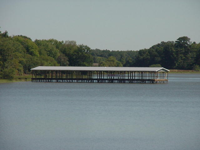 Cherokee Landing Boathouse2.jpg