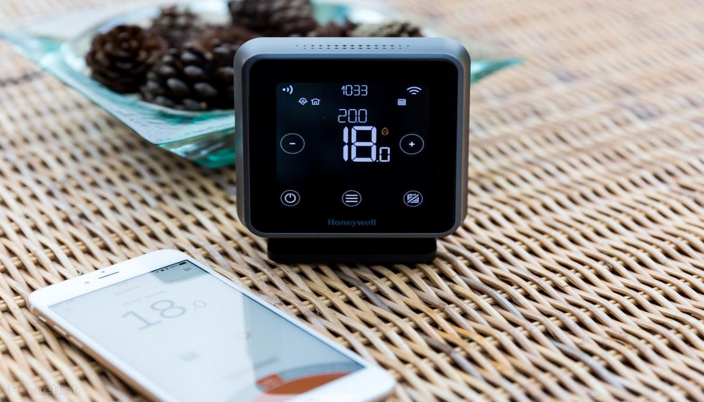 Smart-thermostaat - Wilt u ook geld besparen? maak gebruik van een slimme thermostaat.