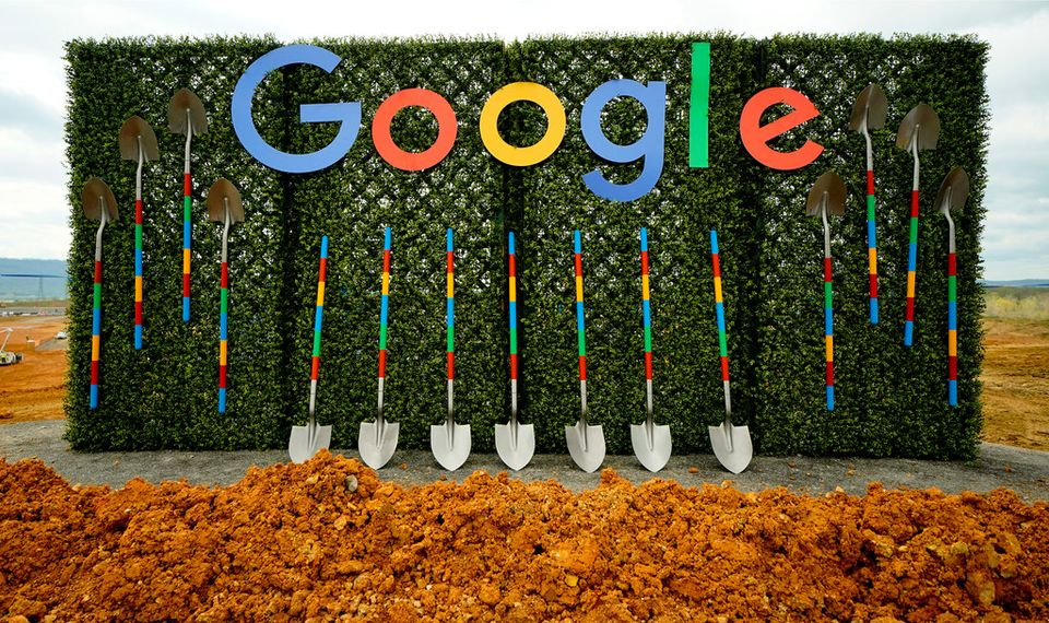 Google groundbreaking ceremony for new data center located in Bridgeport, Alabama Monday April 9, 2018.