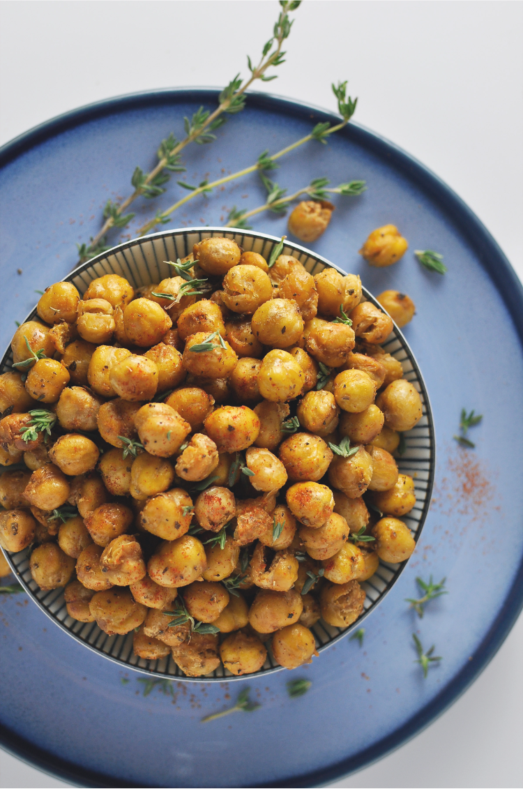 crispy-roasted-chickpeas-featured-e1495148095219.png