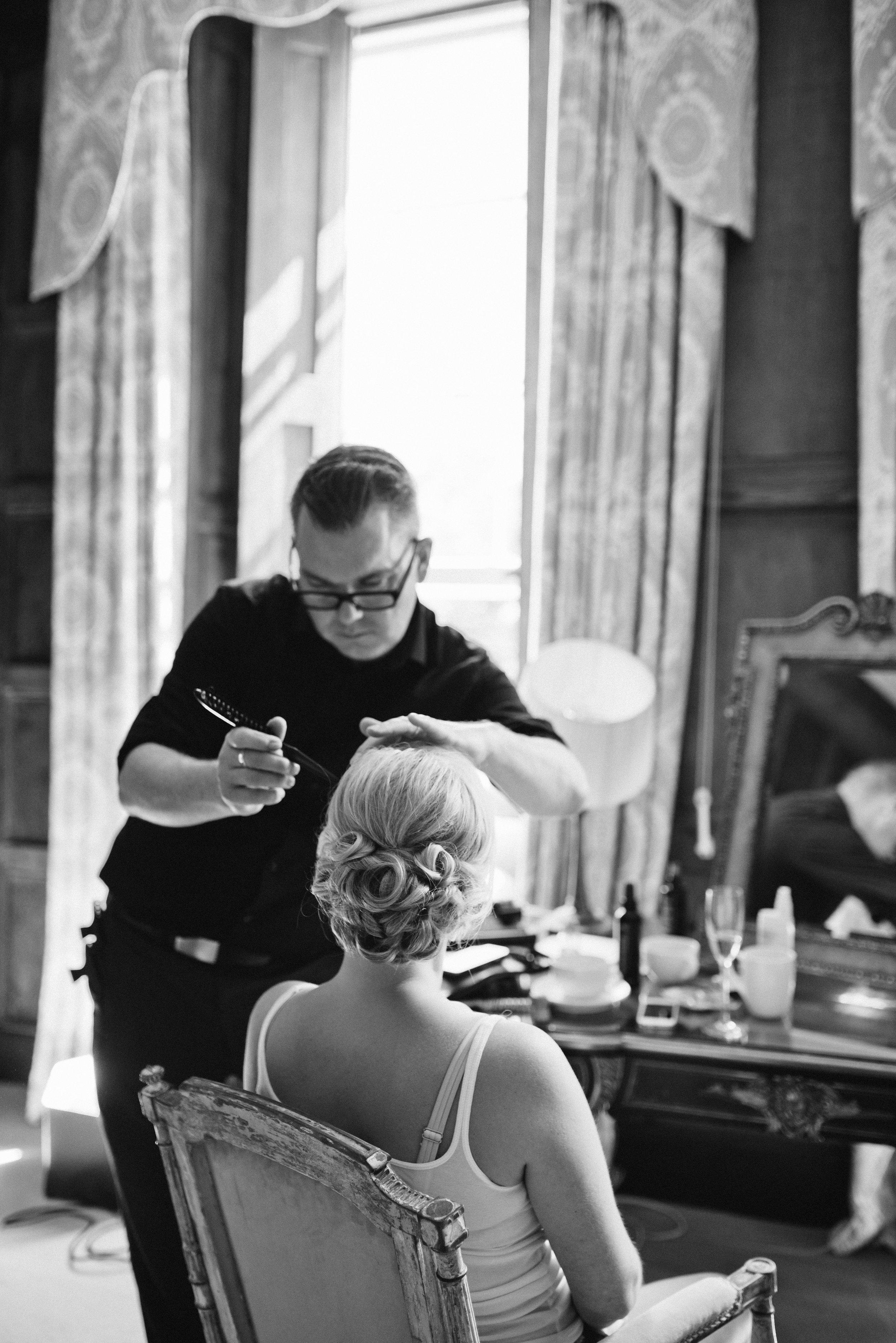 Wedding hairdresser Elmore Court
