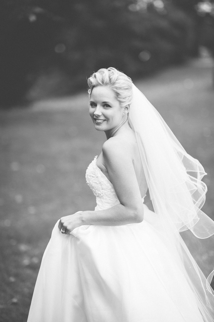 wedding hairdresser cripps stone barn