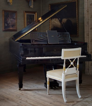 Sibelius Piano in His Home, Ainola