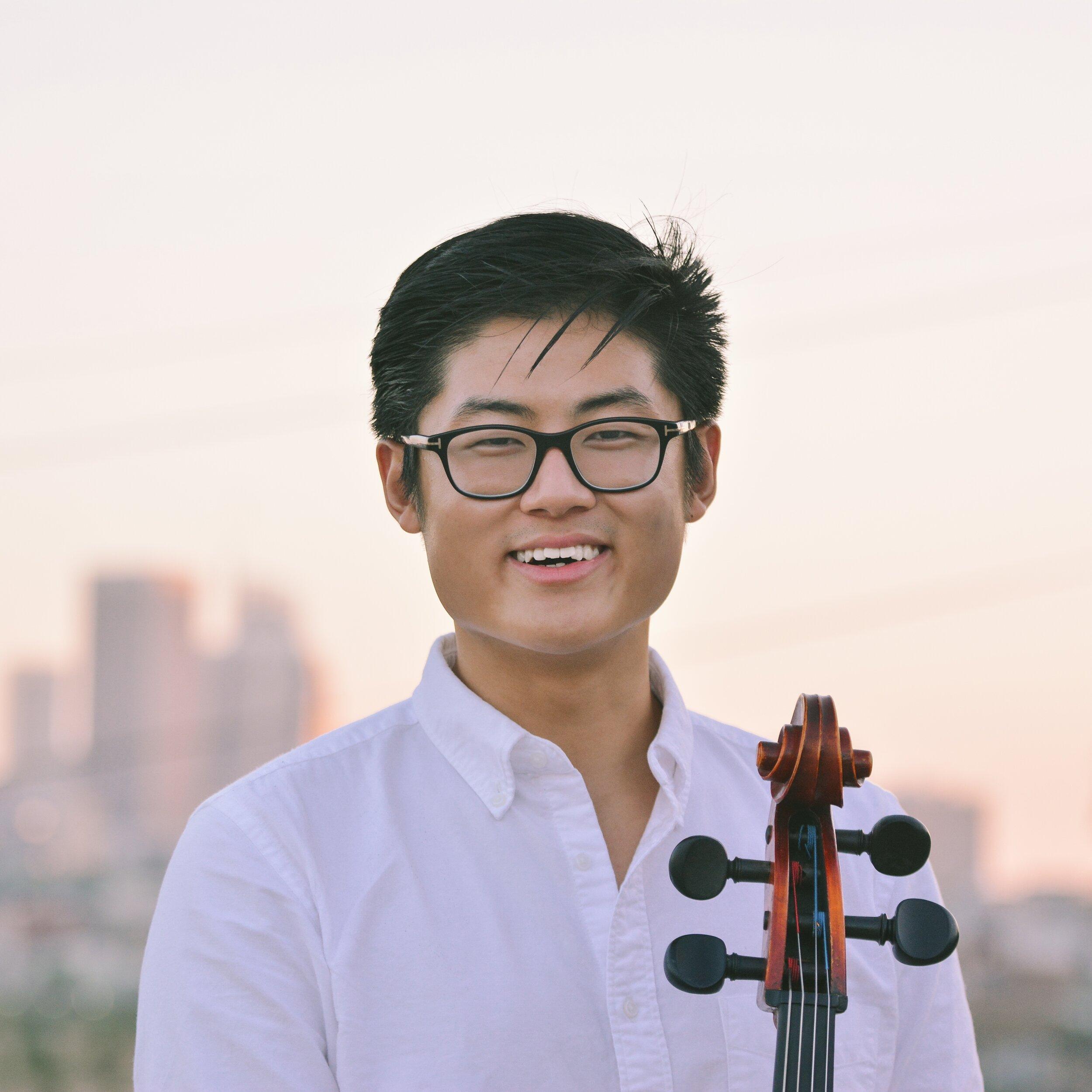 """In Seo """"Chris"""" Cho, cello"""