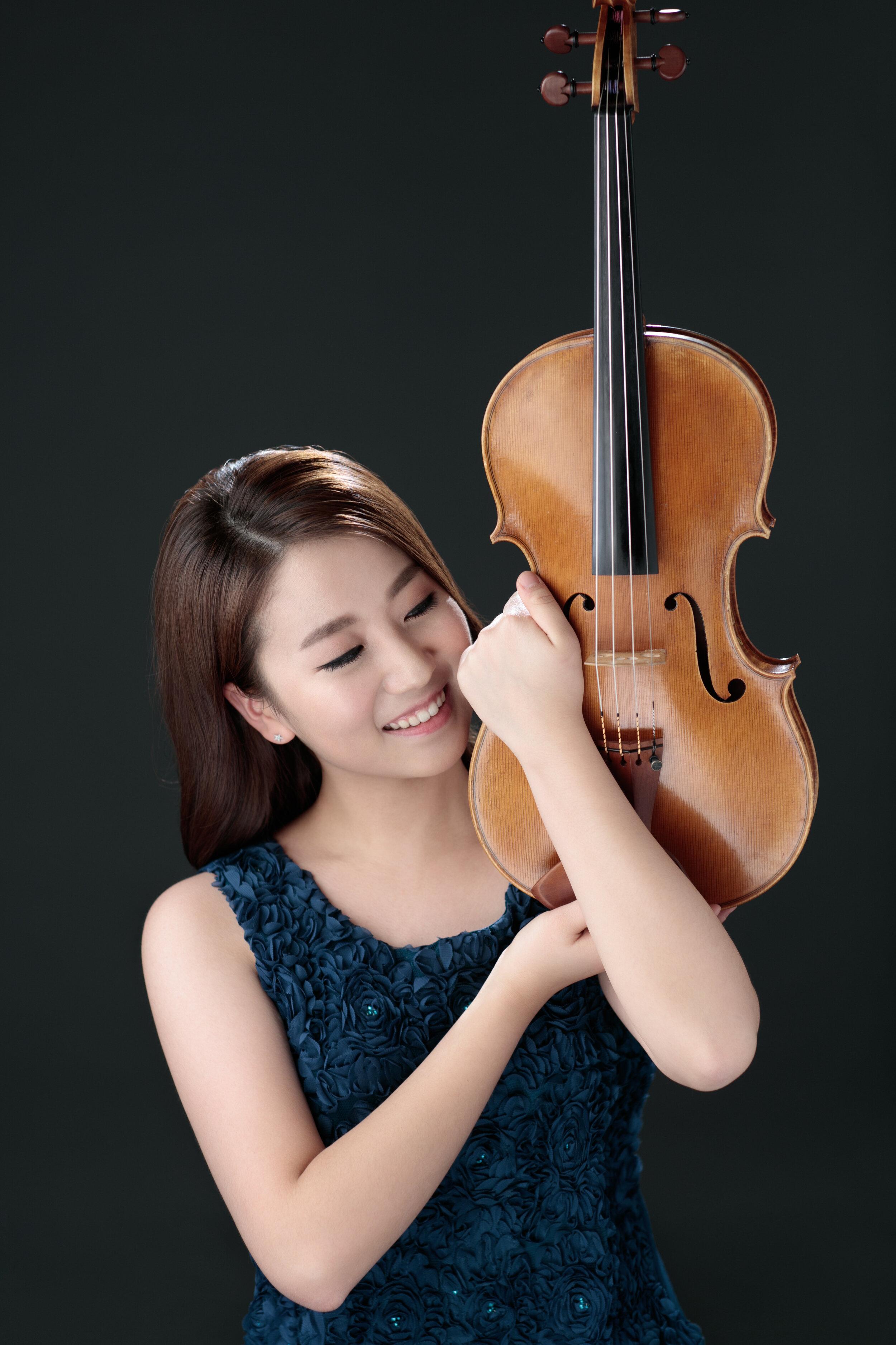Ji Eun Park, viola