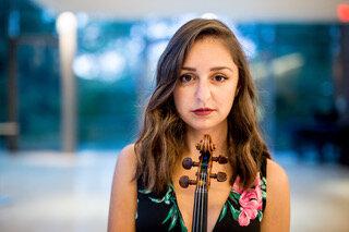 Julia Mirzoev, violin