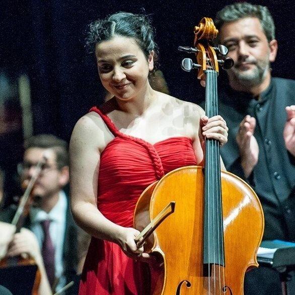 Mafalda Santos, cello