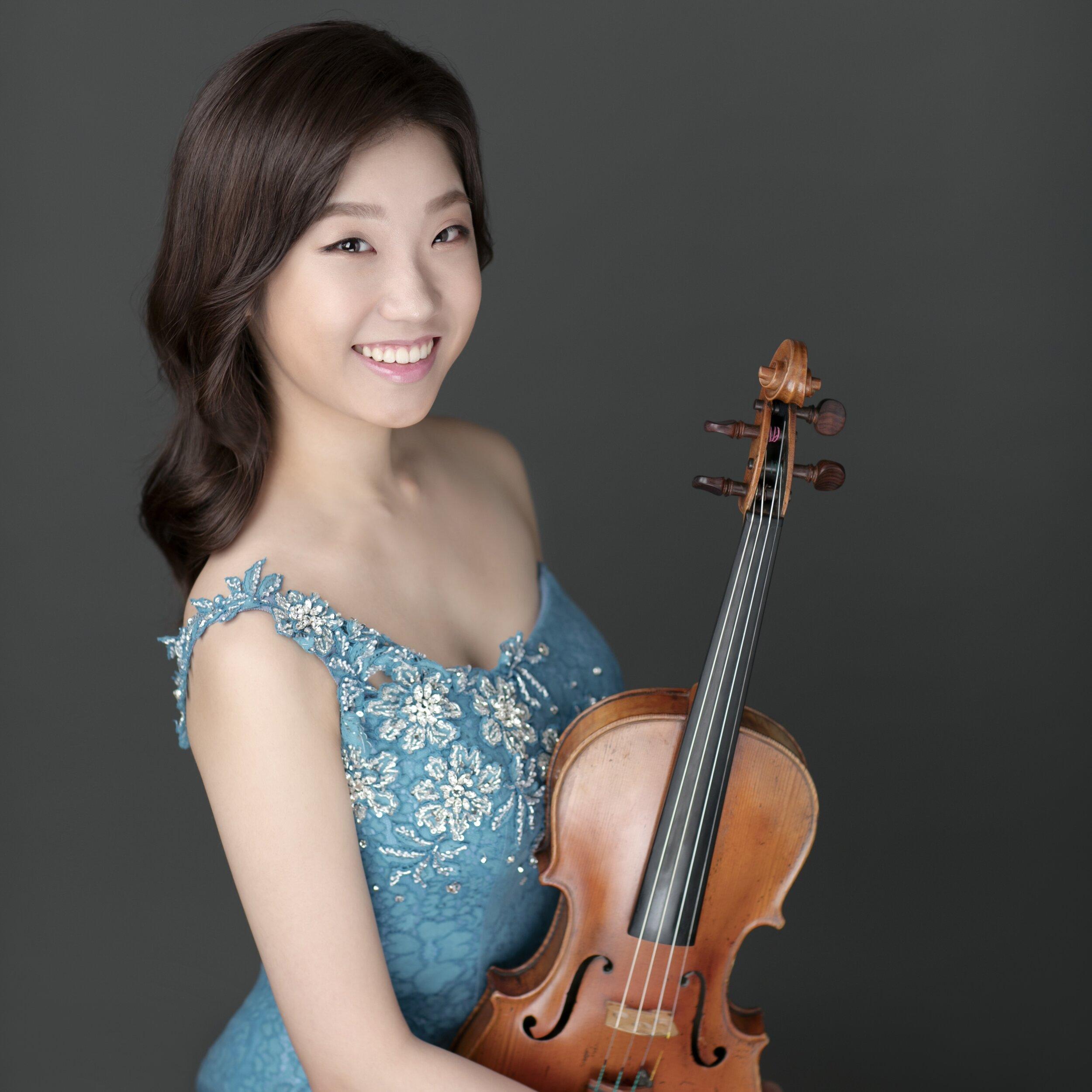MinJi Kim, violin