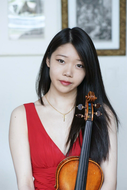 Ladusa Chang Ou, violin
